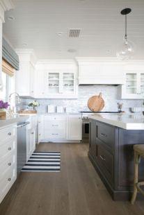 Cool coastal kitchen design ideas (9)