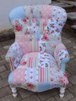 Cozy vintage chair design ideas you can add for your home (11)