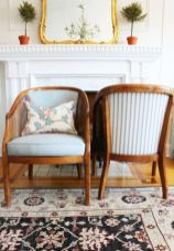 Cozy vintage chair design ideas you can add for your home (17)