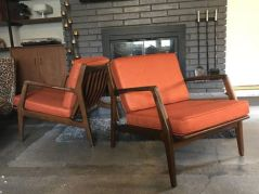 Cozy vintage chair design ideas you can add for your home (20)