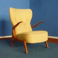 Cozy vintage chair design ideas you can add for your home (43)