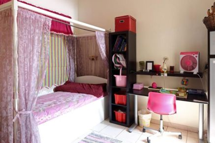Cute pink kids bedroom designs ideas for small room (19)