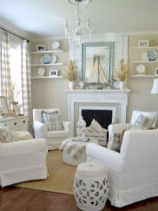Gorgeous coastal living room decor ideas (44)