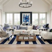 Gorgeous coastal living room decor ideas (47)
