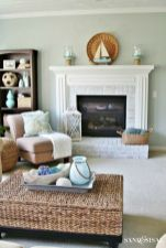 Gorgeous coastal living room decor ideas (8)