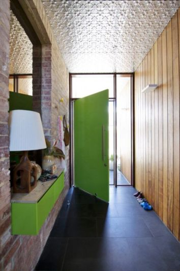 Modern entryway design ideas for your home (40)