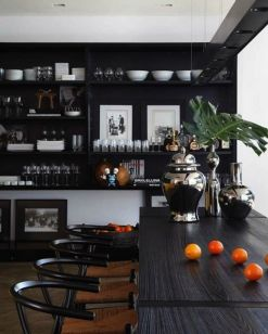 Stylish luxury black kitchen design ideas (19)