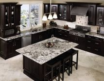 Stylish luxury black kitchen design ideas (25)