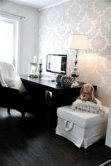 Totally inspiring black and white geometric wallpaper ideas for bedroom (13)