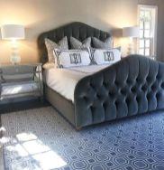 Totally inspiring black and white geometric wallpaper ideas for bedroom (2)