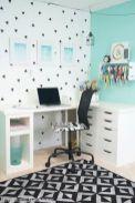 Totally inspiring black and white geometric wallpaper ideas for bedroom (36)