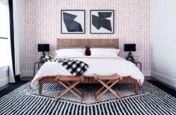 Totally inspiring black and white geometric wallpaper ideas for bedroom (43)