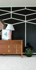 Totally inspiring black and white geometric wallpaper ideas for bedroom (5)