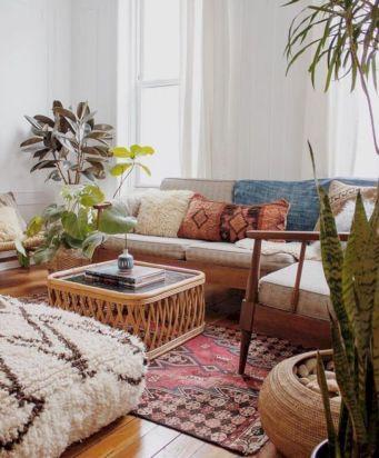 Adorable european living room design and decor ideas (4)