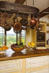 Beautiful rustic kitchen cabinet ideas (25)