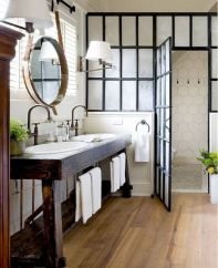 Beautiful urban farmhouse master bathroom remodel ideas (27)