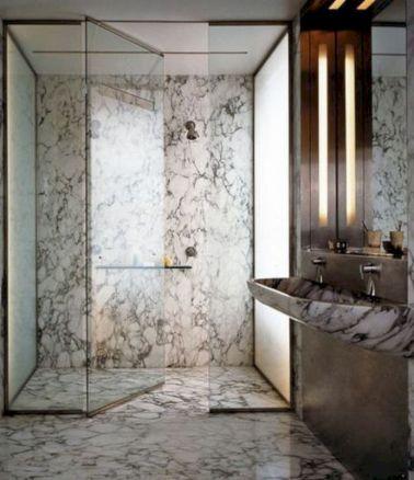 Beautiful urban farmhouse master bathroom remodel ideas (32)