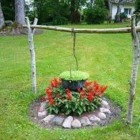 Best and beautiful tree ring planter ideas 29
