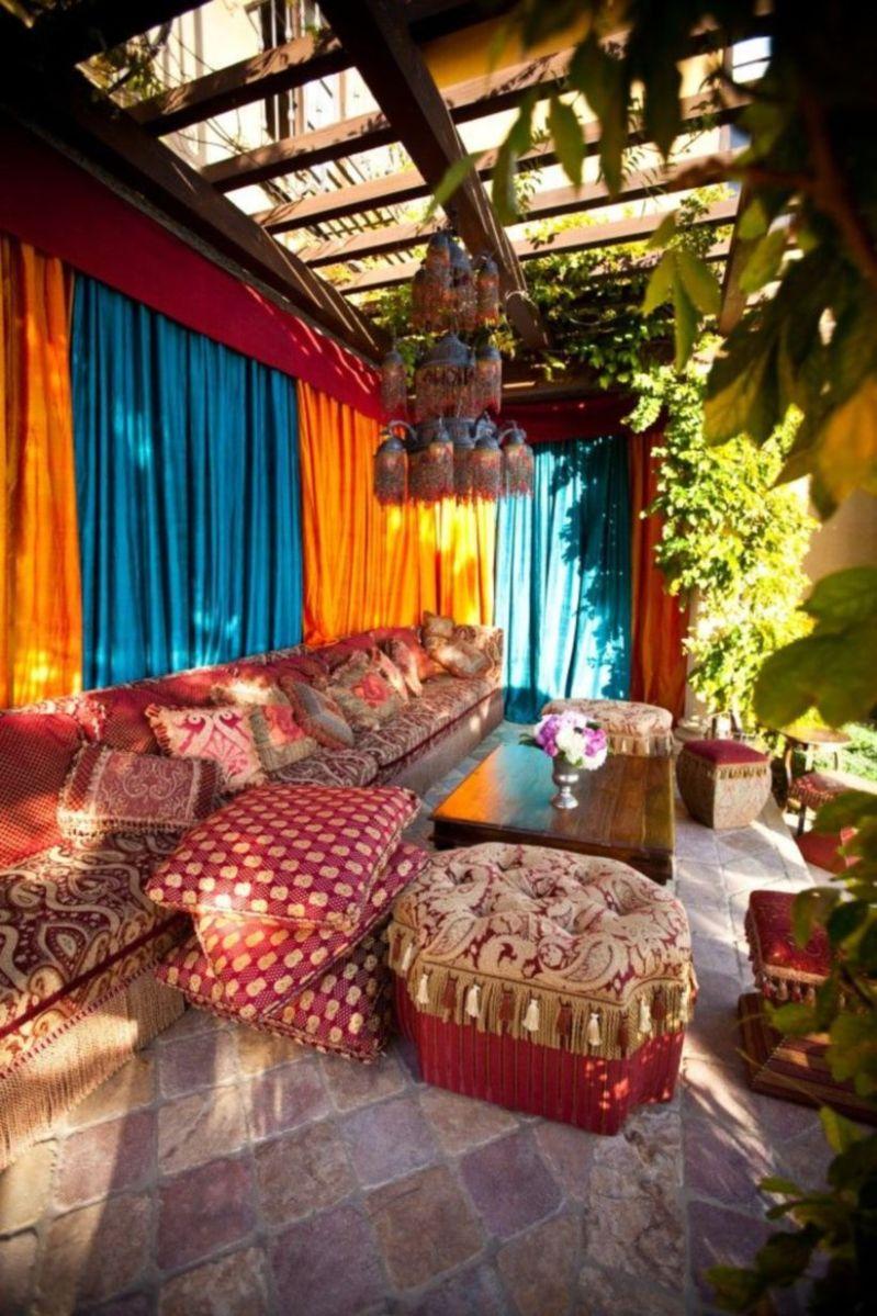 Cozy moroccan patio decor and design ideas (21)