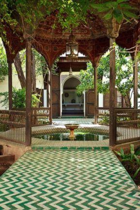 Cozy moroccan patio decor and design ideas (30)