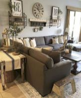 Elegant farmhouse decor ideas for your home (25)