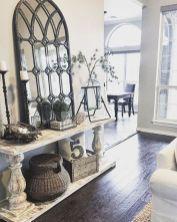 Elegant farmhouse decor ideas for your home (32)