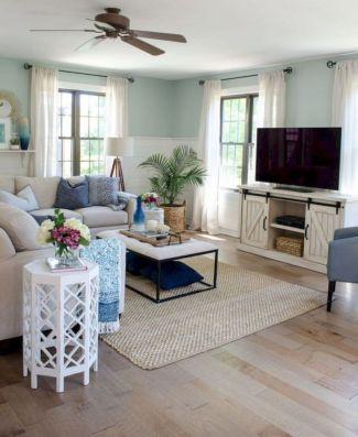 Elegant farmhouse living room design decor ideas (42)