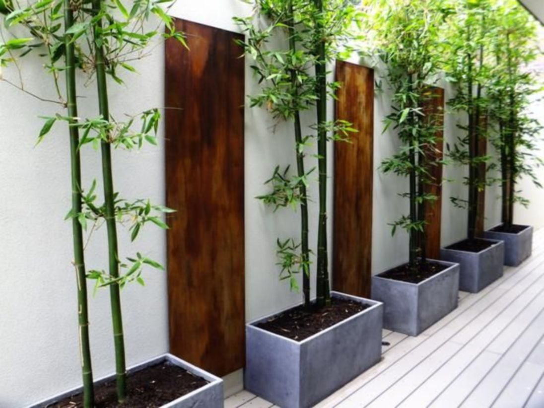 Exclusive and modern minimalist fence design ideas 23