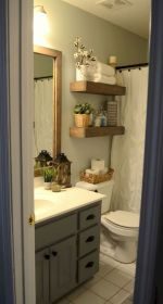 Gorgeous farmhouse master bathroom decorating ideas (44)