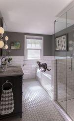 Gorgeous farmhouse master bathroom decorating ideas (45)