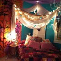 Inspired boho bedroom decorating ideas on a budget 17