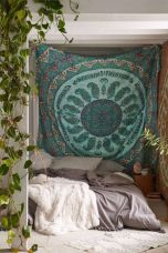 Inspired boho bedroom decorating ideas on a budget 20