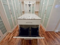 Magnificant closets ideas for your best clothes (25)