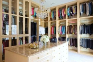 Magnificant closets ideas for your best clothes (40)