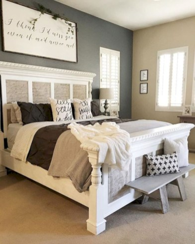 Rustic farmhouse bedroom decorating ideas (15)