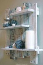 Simply and cozy farmhouse wall decor ideas (16)