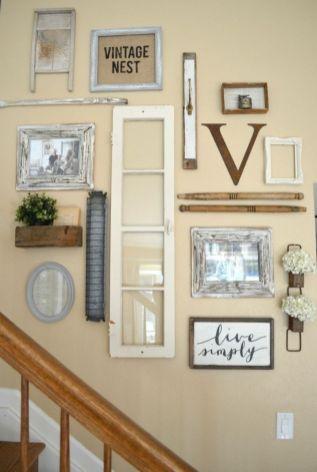 Simply and cozy farmhouse wall decor ideas (28)