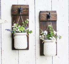 Simply and cozy farmhouse wall decor ideas (35)