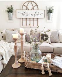 Simply and cozy farmhouse wall decor ideas (7)