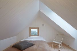 Astounding bedrooms with skylights that everyone will adore 43