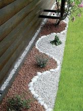 Awesome ways to creatively edge your garden 04