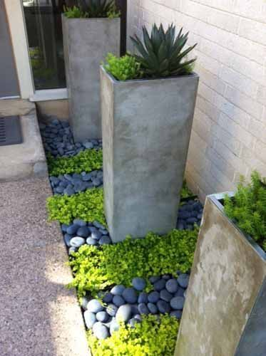 Awesome ways to creatively edge your garden 29