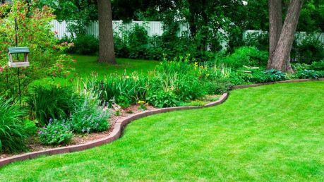 Awesome ways to creatively edge your garden 42