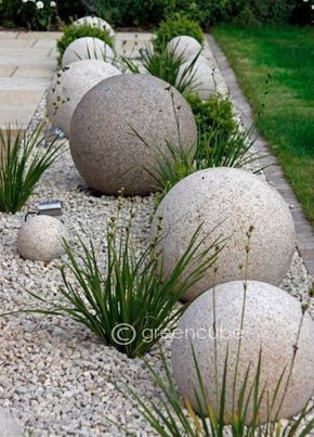 Awesome ways to creatively edge your garden 44