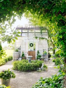 Easy and cheap outdoor spaces 17