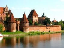 Fascinating castles to include on your bucket list 07