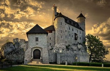 Fascinating castles to include on your bucket list 11