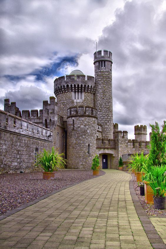 Fascinating castles to include on your bucket list 46