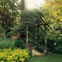 Amazing rustic garden decor ideas 35