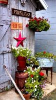 Amazing rustic garden decor ideas 36